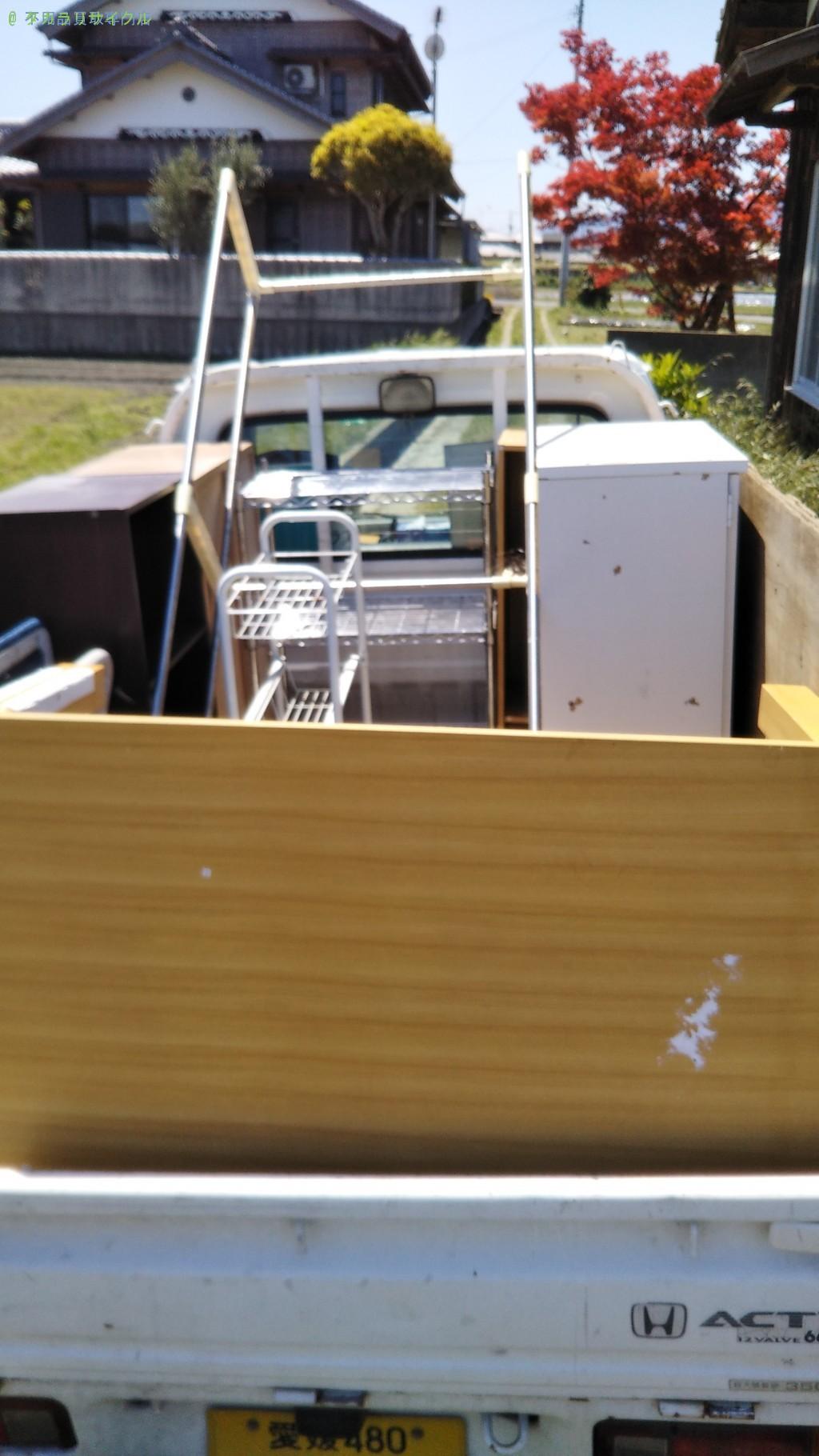 【西条市玉之江】カラーボックスほか不用品の処分・回収のご依頼者さま